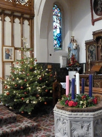 Advent Wreath and Christmas Tree